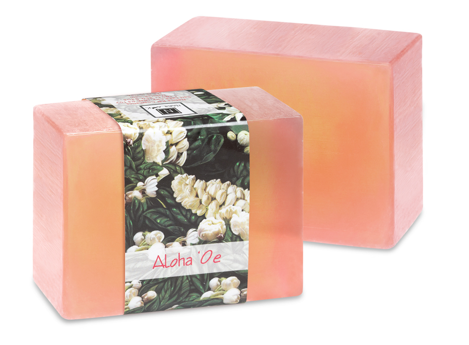 Enjoy the delicate spicy sweet smell of the infused Pikaki, an exotic flower sure to sweep you away to an island paradise of your own design. Aloha oe is a sweet smelling glycerin soap with the scent of the tropics.