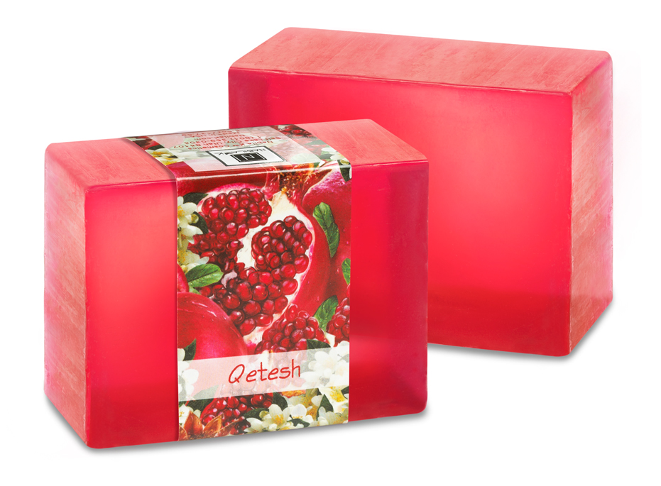 Let your senses run wild as you breath in the elegant perfume of pomegrantes with this Qetesh glycerin soap.
