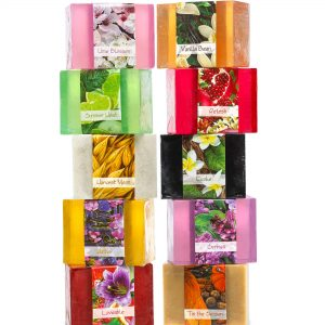 Everythng the Earth has to offer now in an amazing 10n pack soap collection. This collection offers you the delectable scents such as Sandal Wood and Lilac. Set your worries ablaze as you relax.